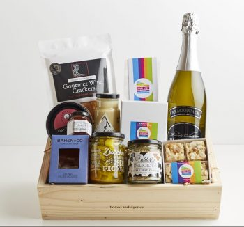 Chrismas Cheer Gourmet Gift Box - Boxed Indulgence