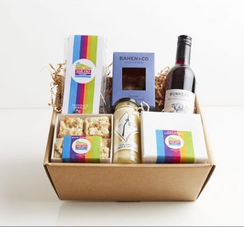 Christmas Delights Gourmet Gift Hamper Box - Boxed Indulgence